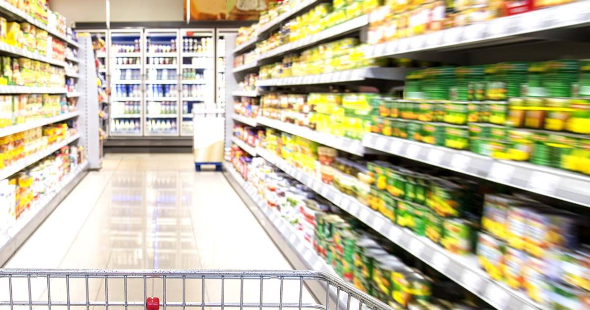 Food labels at grocery store